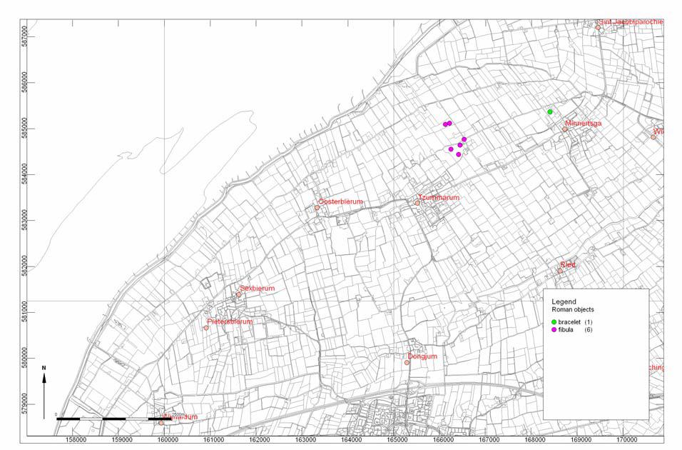Verspreiding van metaalvondsten in Noord-Friesland, met een duidelijke concentratie van mantelspelden ('Fibulae') rond Firdgum.