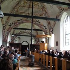 Optreden Lucky Fonz III in de Pancratiuskerk in Godlinze tijdens festival Terug naar het Begin