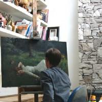 Krajenbrink in zijn atelier.