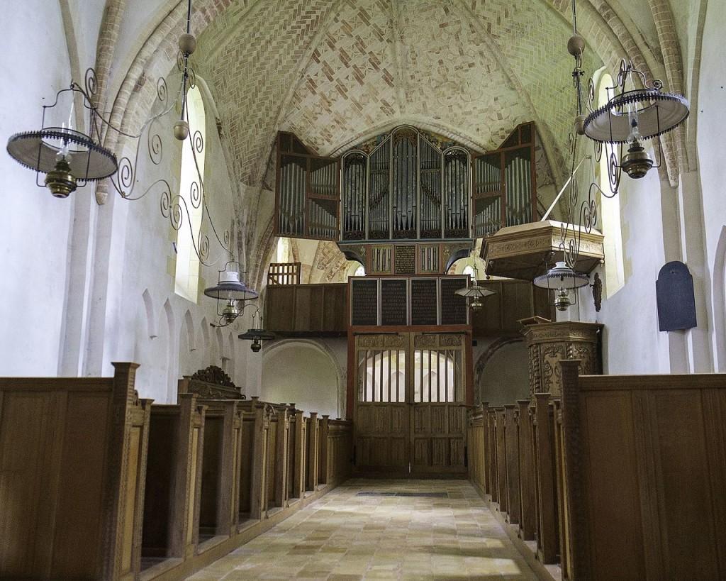 Krewerd-Mariakerk-interieur